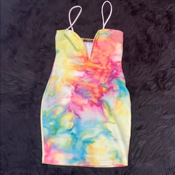 Forever 21 Dresses & Skirts - F21 watercolor dress 💗💚